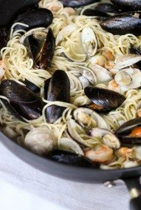 You guys. This Easy Seafood Pasta with White Wine Butter Sauce is unreal. The best part? It's so unbelievably easy. Throw in some shellfish, white wine, butter, and clam sauce and let it works it's magic! Try this for the next time you're trying to impress your guests! The shellfish make it look like you...Read More »
