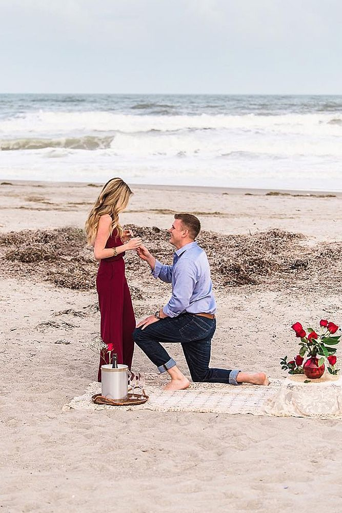 39 most popular photos of beach proposals romantic proposal ideas