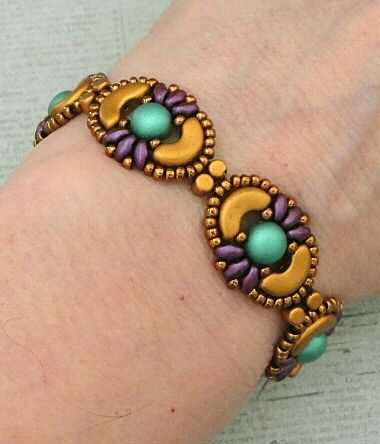 Linda's Crafty Inspirations: Bracelet of the Day: Tweaked Jolie Band - Purple & Green with Gold