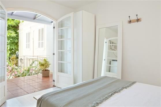 Casa para aluguel temporada em Urca, Rio de Janeiro - 250m², R$ 1.000, com Churrasqueira, Frente para o mar, Jardim - ZAP Temporada
