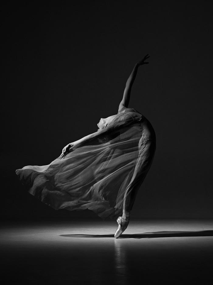 Elegant flow. Wish I never stopped my dance classes!