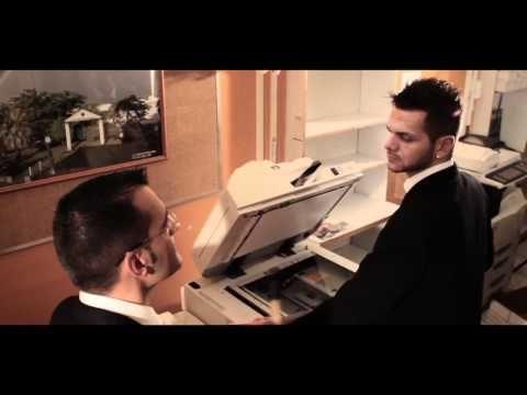 Music video of MA VIE AU SOLEIL par Keen'V.