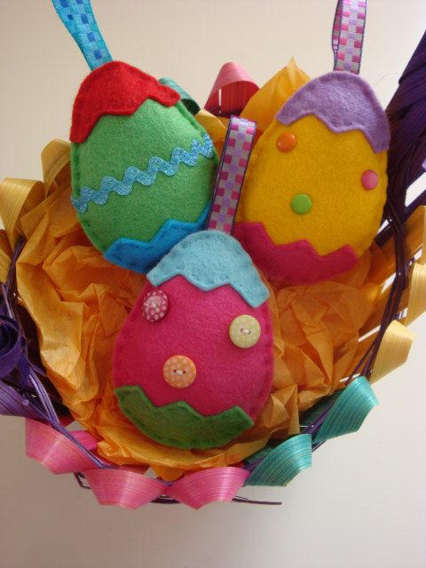 Easter Egg Felt Decoration Set/ I would open them to add candy/ toys....and hang from trees to find!