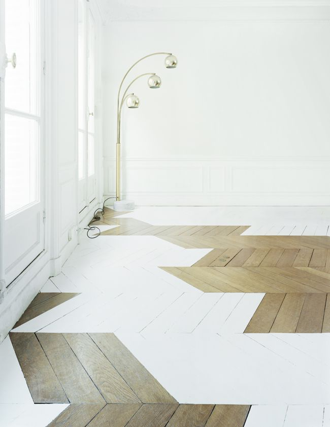 mathias kiss, banquise, 2013 (or, painting designs on a wooden floor)