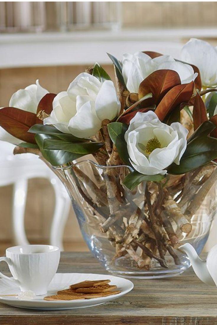 L'eleganza di un vaso in cristallo dona originalità alla tua casa. Scegli lo stile dei negozio di fiori Fiorito. #franchising #fiorito #vaso #cristallo #vasofiori #fiori #casa #arredo #arredamento