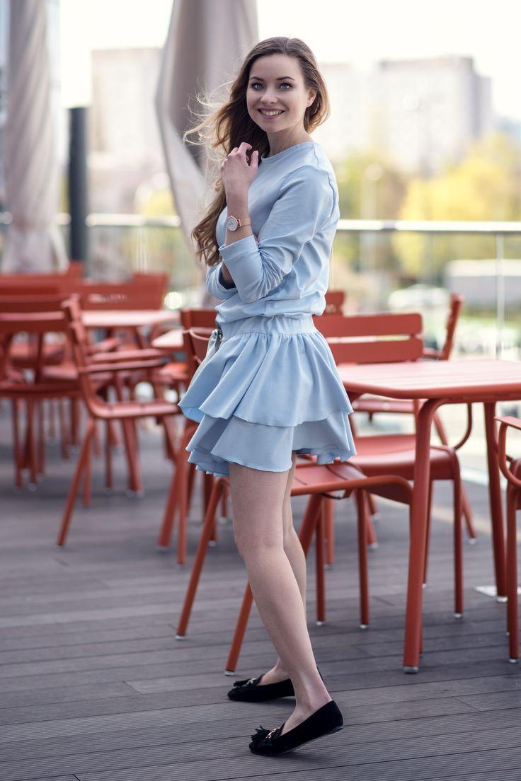Sukienka z kokardką błękitna Cranberry