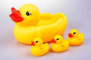 O primeiro banho do bebê: um relato bem humorado | Macetes de Mãe