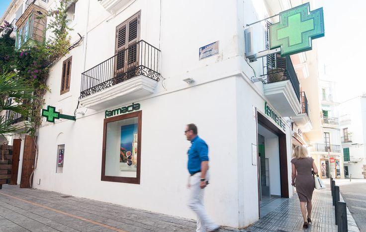 Farmacia Luis R-Carreño en Ibiza www.itssingular.com