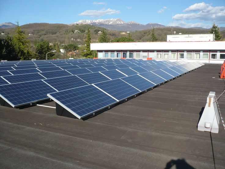 13 migliori immagini impianti fotovoltaici su tetti piani for Piani di cabina solare