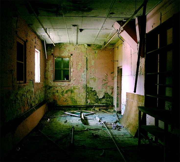 Haunted Places In Shelby Ohio: 20 Haunting Pictures Of Abandoned Asylums