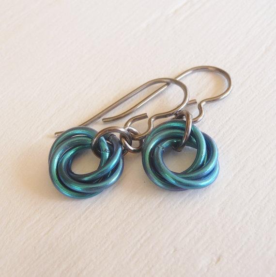 earrings made from aluminum jump rings: Earrings Hypoallergenic, Awesome Aluminum, Teal Earrings, Niobium Earrings, Earrings Niobium, Anodized Aluminum, Aluminum Jump, Aluminum Jewelry