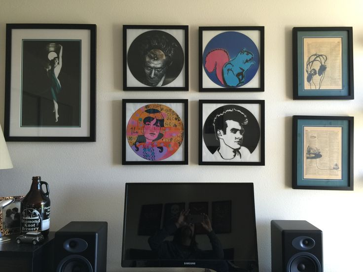 Waits with the vinyl art