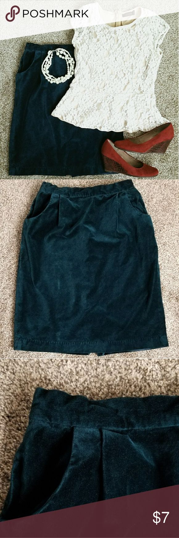 Deep teal green skirt with pockets This is a velour skirt in great condition. It is deep teal green with pockets.  Can be dressed up, but is also perfect for the office. Size 8, but fits like a 6.  Has a bit of elastic in the back to help with fit. Skirts Pencil