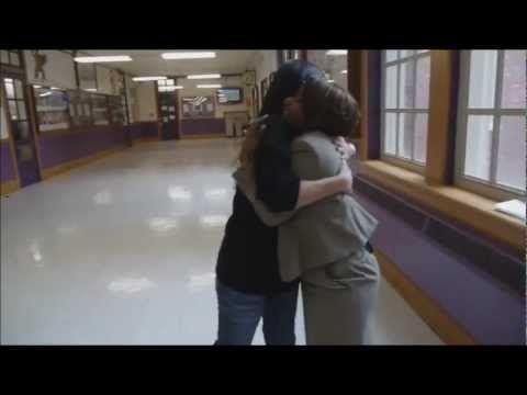 Sandra Bullock - Warren Easton Charter High School PCA 2013 - YouTube