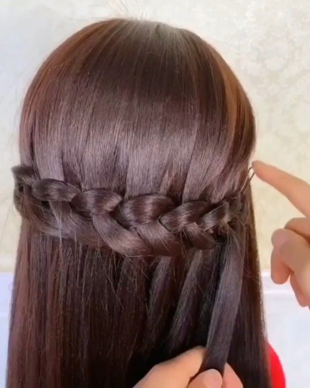 Super Easy Braid Tutorial In 2020 Braided Hairstyles Easy Easy Hairstyle Video Easy Hairstyles