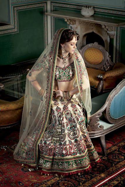 Cream and White #Bridal #LehengaCholi