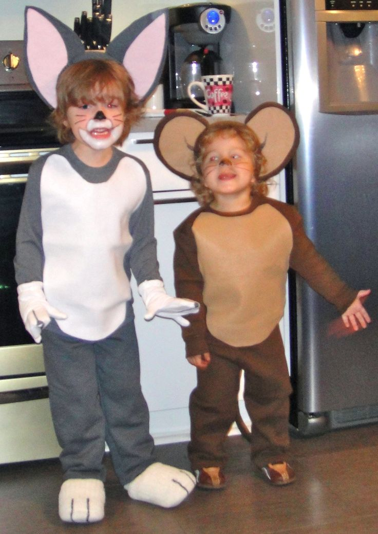 Tom and Jerry Costumes #Halloweencostumes #paircostumes #couplescostumes #duo #kidcostumes