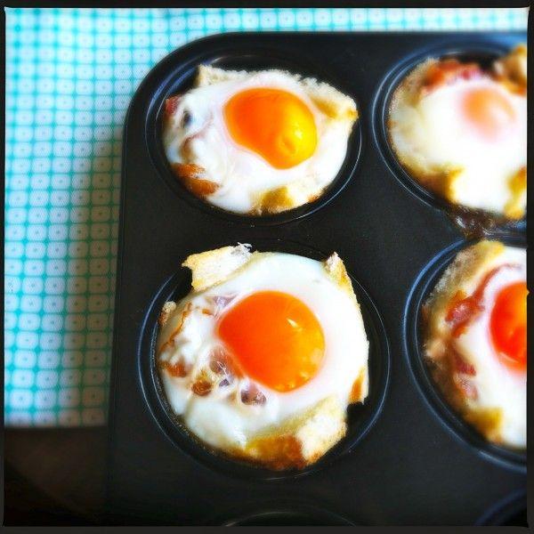 Ui de oven: spiegel ei met spek en toast recept op www.madebyellen.com