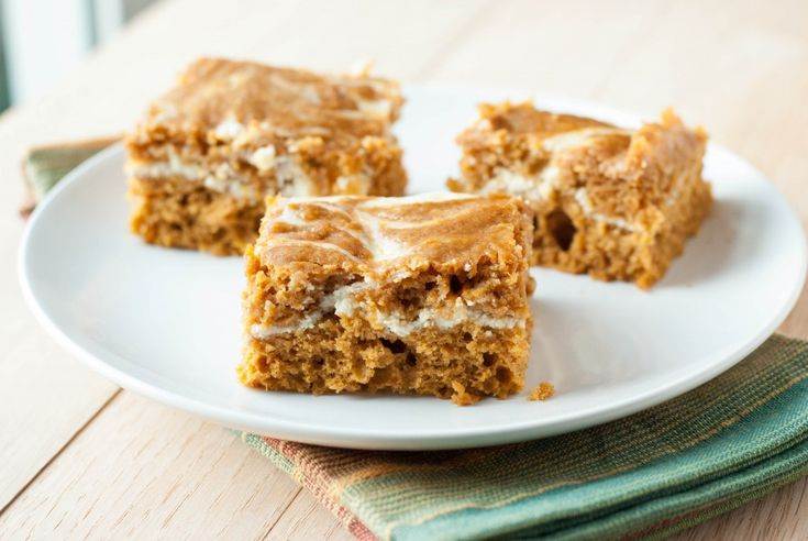 Pumpkin Roll Bars - Super delish!! These are a bit denser than I thought they would be but that just seems to add to the flavor.