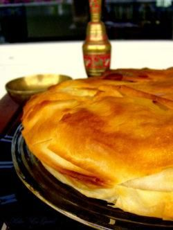 La alimentación de los musulmanes durante el Ramadán ¿qué pueden comer? - SaborGourmet.com El Ramadan, Pancakes, Breakfast, Food, Soup Mugs, Good Thoughts, Balanced Diet, Morning Coffee, Essen
