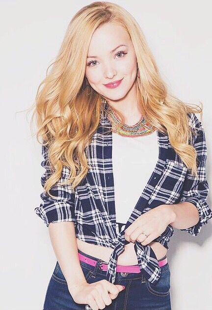 Dove Cameron una chica hermosa,bonita y muy buena actris