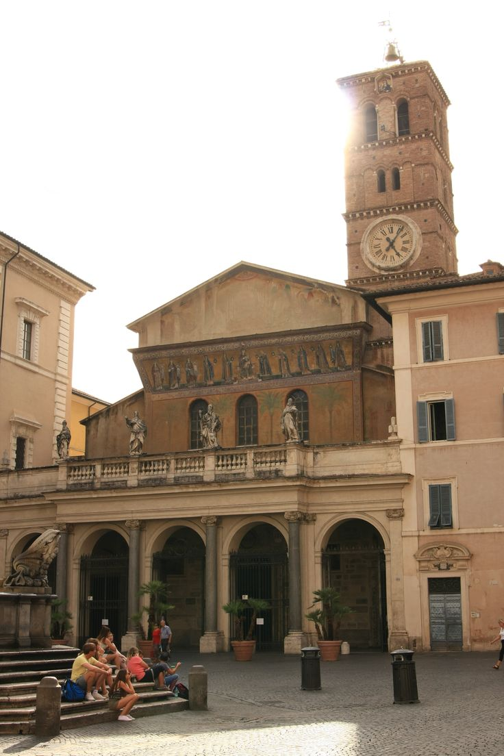 What to visit in Rome? The Basilica of Santa Cecilia in Trastevere!