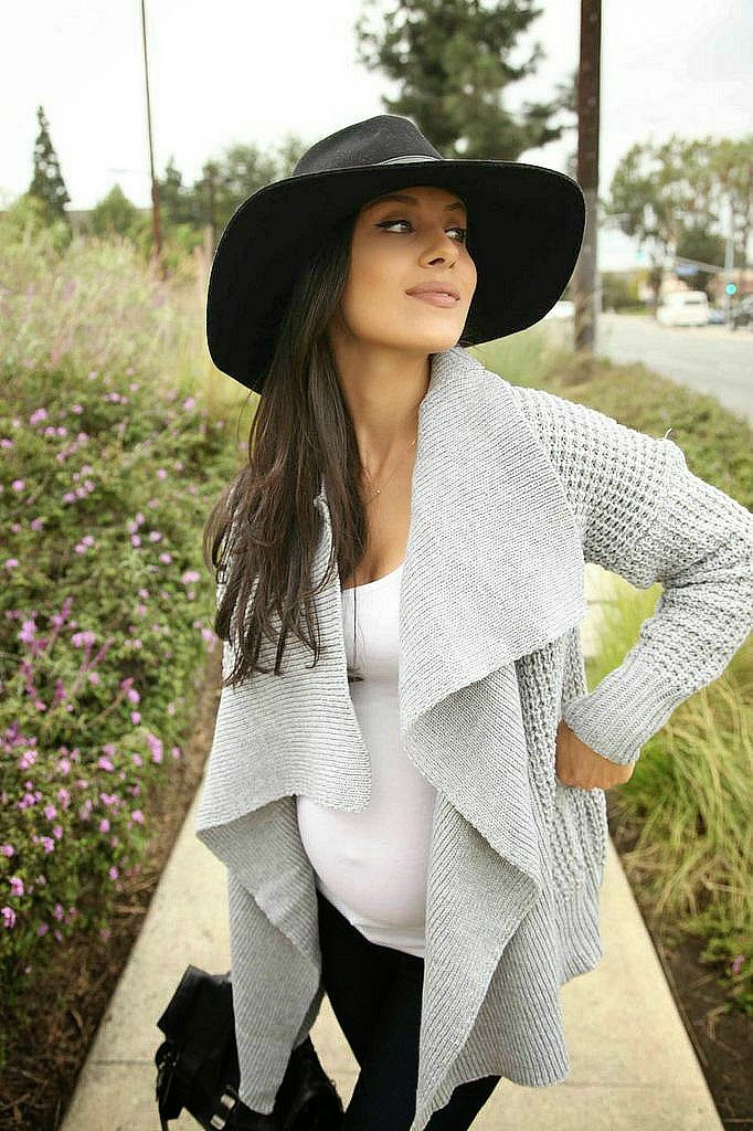 Strike a pose: @andeelayne looking so classy with our epic grey knitted cardigan