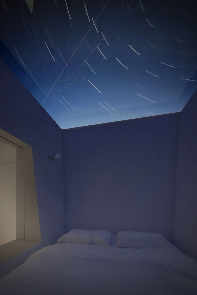 Casa Cuatro Ojos / Edward Ogosta Architecture - Stargazing from the bedroom. If/when I design my own house there will be one of these