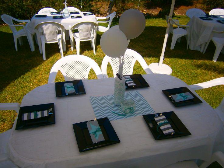 Διακόσμηση Τραπέζι Βάπτισης σε άσπρο μάυρο βεραμάν!Θέμα Μουστάκι!!!