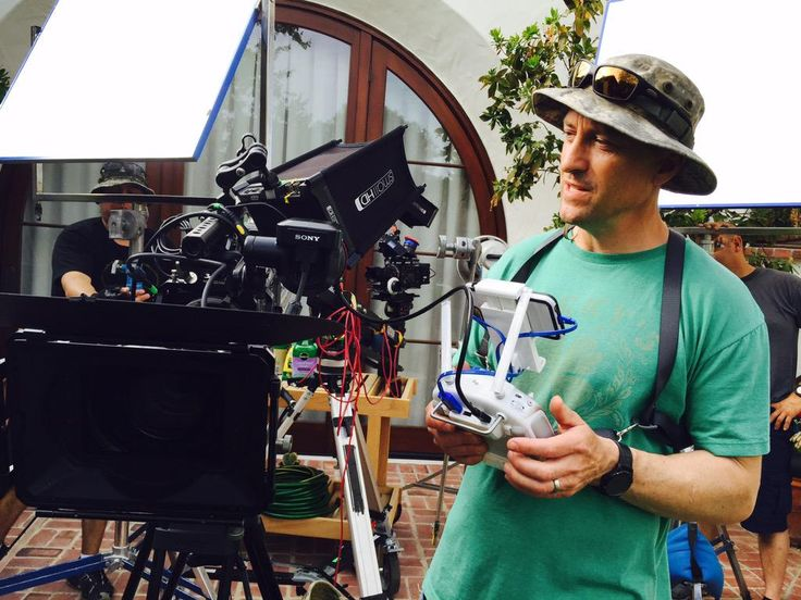 #RIGSHOTS: @Brookaitken using Sony #F55 w/ @SmallHD monitor for larger view while flying @DJIGlobal #Inspire1