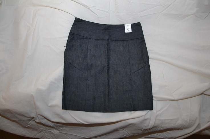 BNWT Gap Pencil Skirt  US Size 6 UK Size 10  Smart Denim Style  would be perfect for summer/spring    Unfortunately its too big at the waist for me    PM me for more details