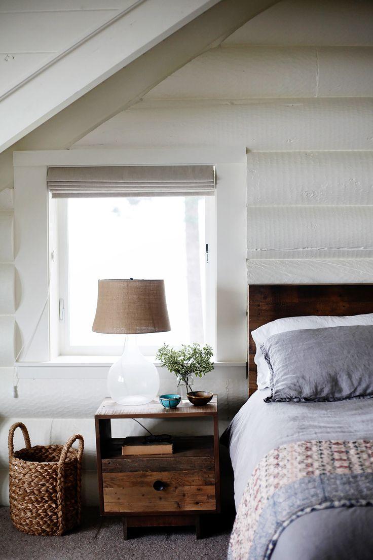 Rustic Cabin Bedroom Decorating 17 Best Ideas About Log Cabin Bedrooms On Pinterest Log Cabin