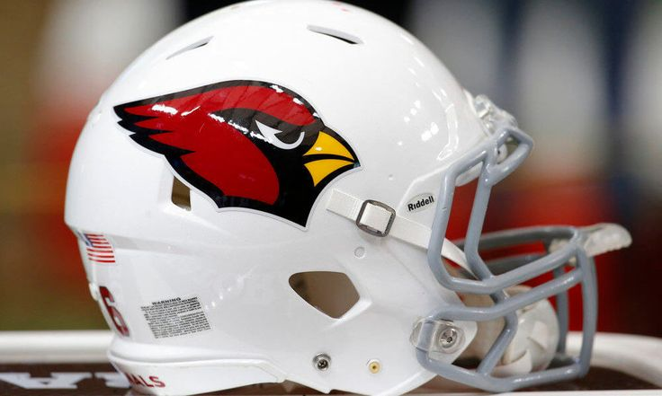 University of Phoenix, Arizona Cardinals breaking off stadium name deal = The Arizona Cardinals and the University of Phoenix originally signed a naming-rights deal that was supposed to last for two decades. According to Craig Harris of the Arizona Republic, that appears to be coming to an early end, though, as the university wants to shut down the deal now, even with a full nine years to go. That means…..