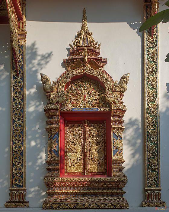 2013 Photograph, Wat Thatkam Phra Wihan Window, Tambon Haiya, Mueang Chiang Mai District, Chiang Mai Province, Thailand, © 2014. ภาพถ่าย ๒๕๕๖ วัดธาตุคำ หน้าต่าง พระวิหาร ตำบลหายยา เมืองเชียงใหม่ จังหวัดเชียงใหม่ ประเทศไทย