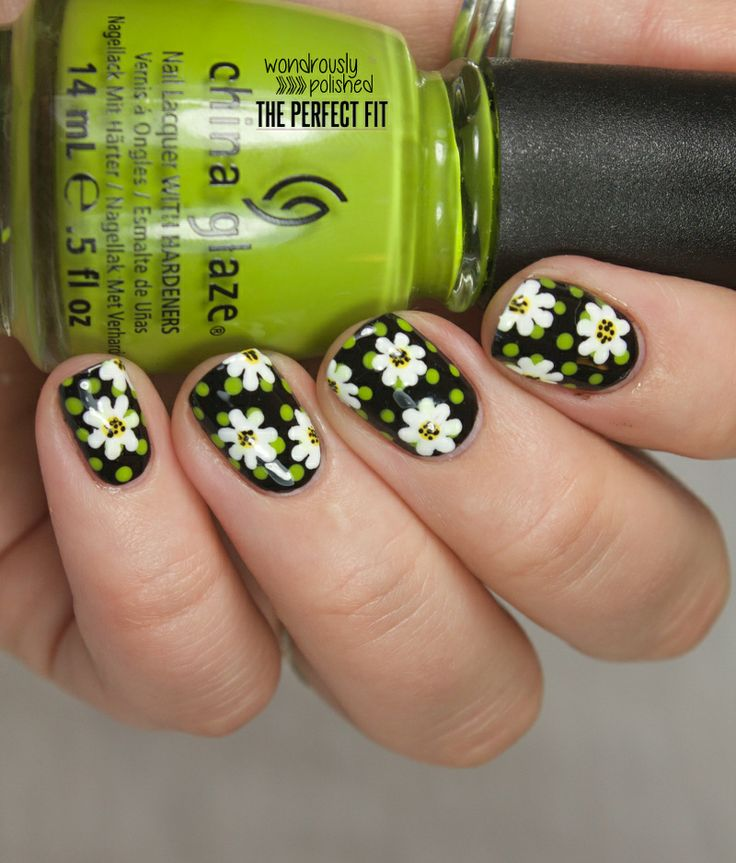 Spring WILL come... How cute are these?! From Wondrously Polished: Daisy Daze on Deb Shops