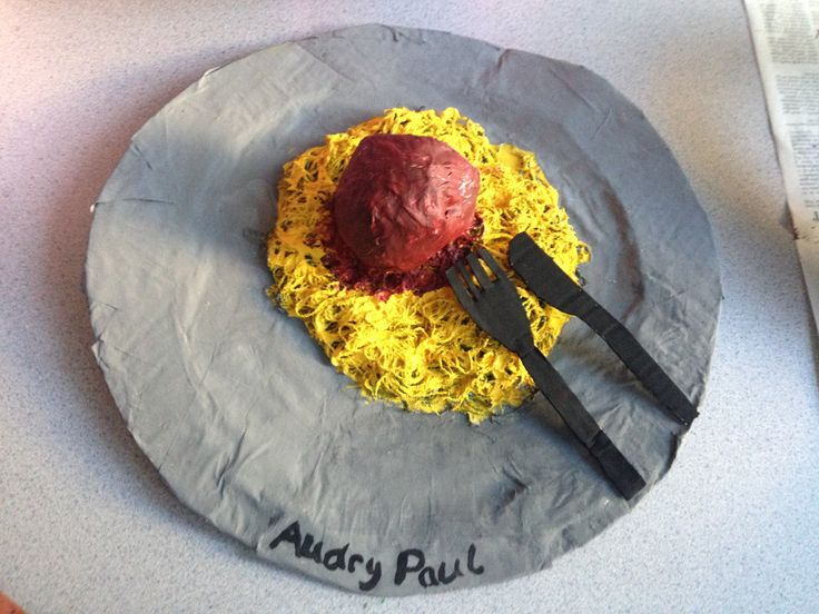 Inspired by the giant food sculptures by Claes Oldenburg, this 9th grade female student from Fort Myers, Florida wanted to create the popular American food of spaghetti and meatballs, that despite what people think is not actually Italian at all, but entirely American invented.