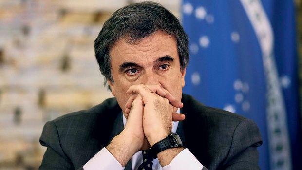 Empreiteira pediu a Cardozo munição para anular provas - Brasil - Notícia - VEJA.com Este tipo de porquinho gabola é que comanda a KGB petralha