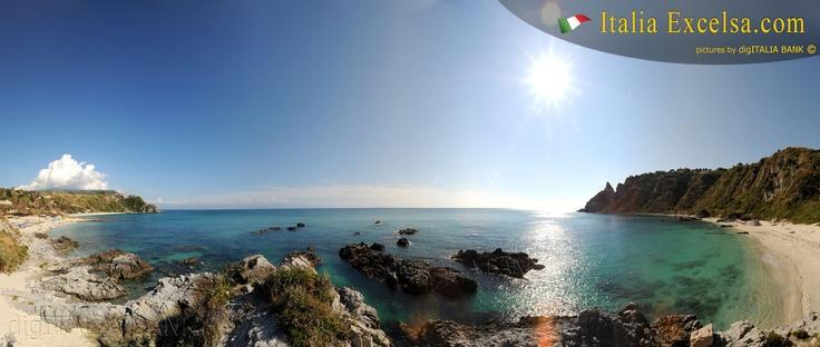Capo Vaticano, il mare, la spiaggia, il paesaggio