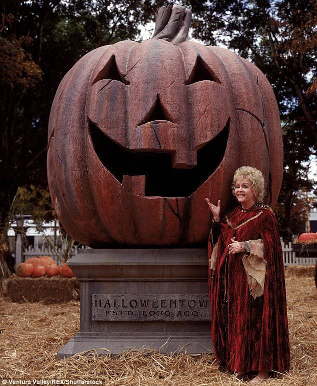 Halloweentown cast to honor Debbie Reynolds Halloween