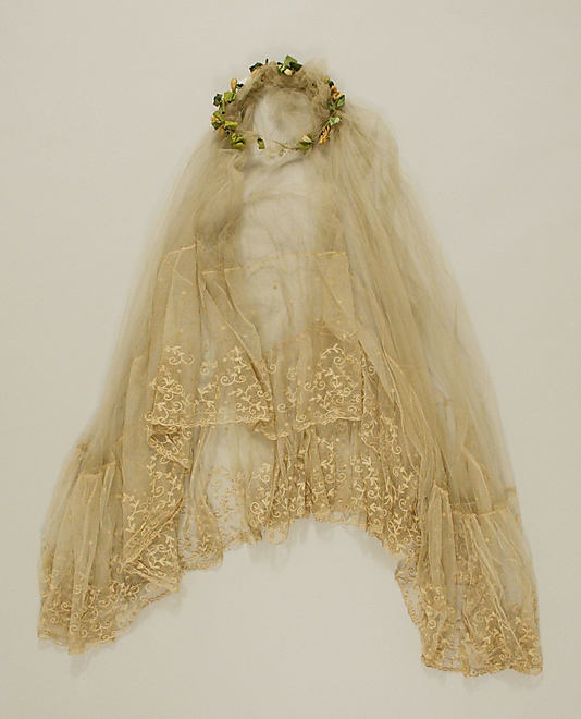 Bridal veil, 1917-23~Image © The Metropolitan Museum of Art.