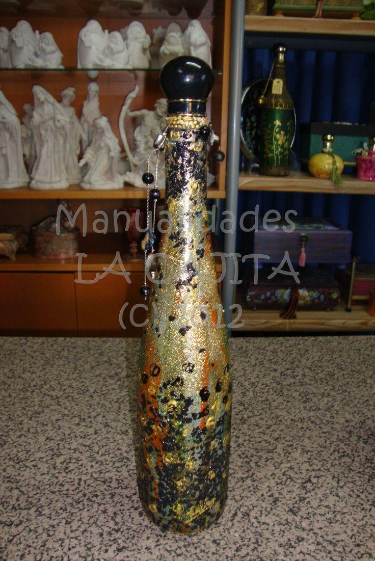 Botella de cristal decorada con pan de oro y cobre sobre fondo de esmalte y enca stica - Botellas de cristal decoradas ...
