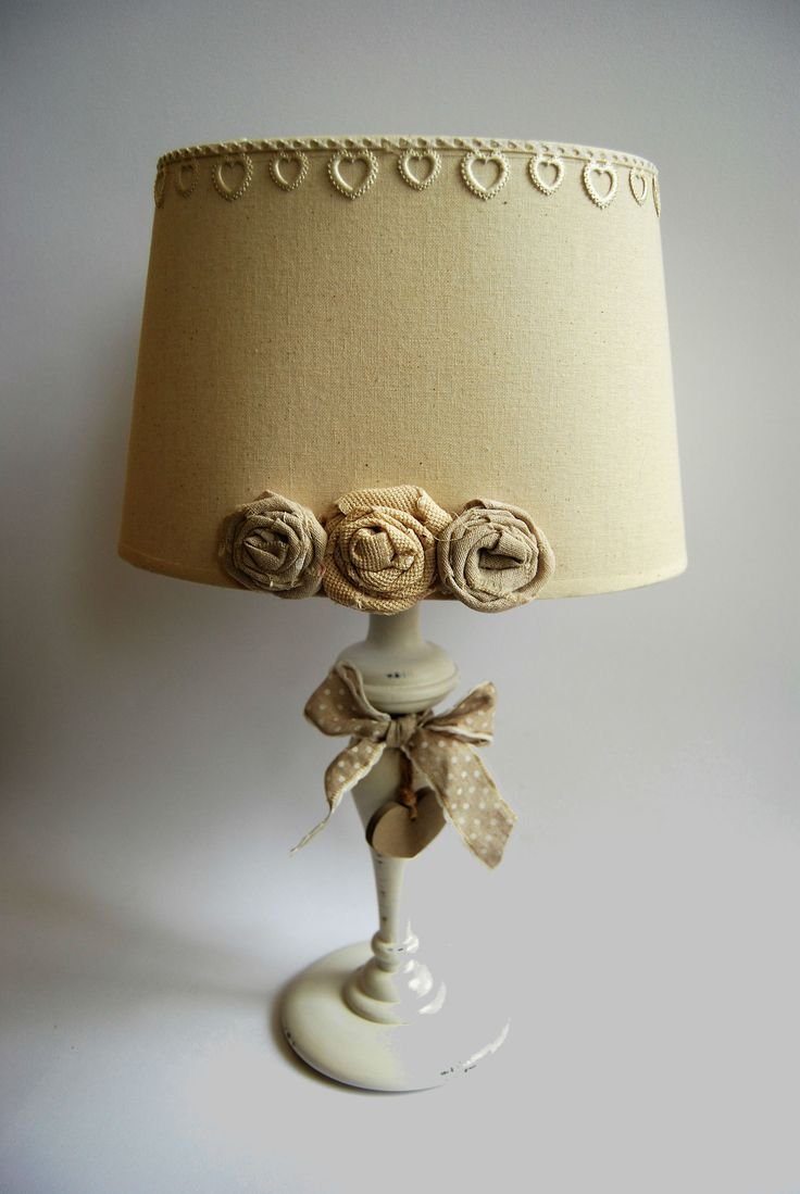Lampada con rose in tessuto  https://almagia.ecwid.com/