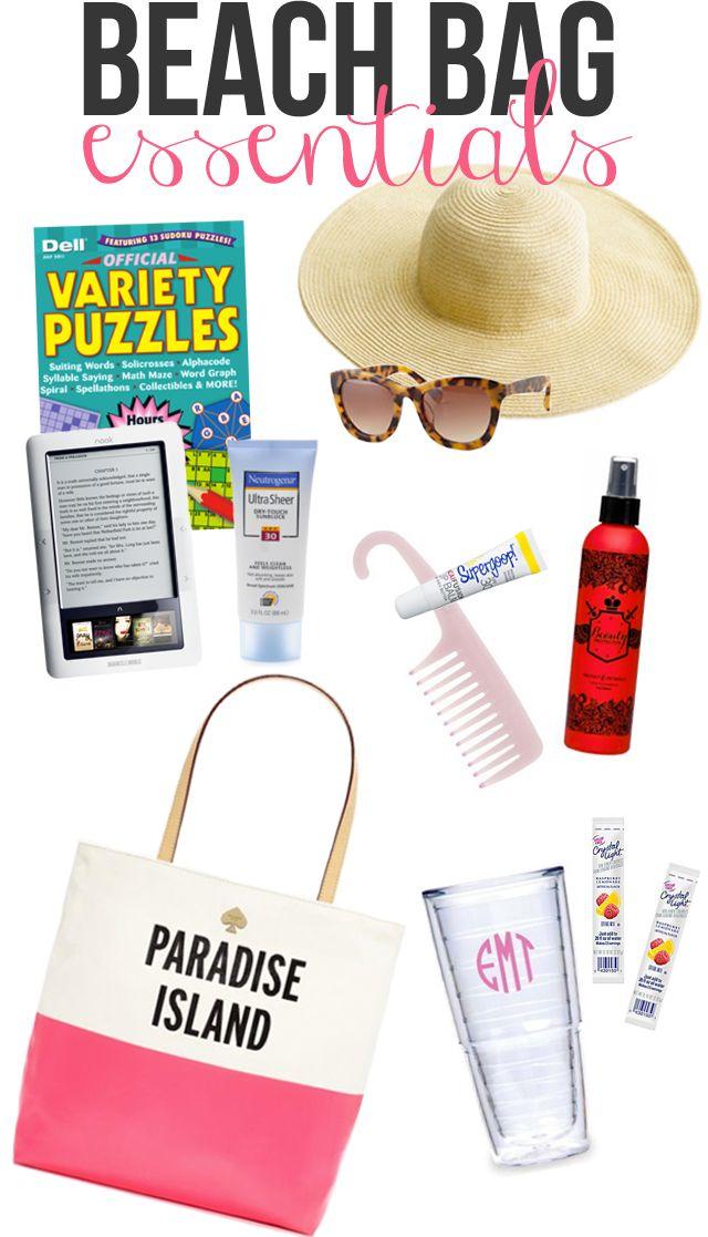 Beach Bag Essentials for enjoying the day at the beach. #GHCBeachDays