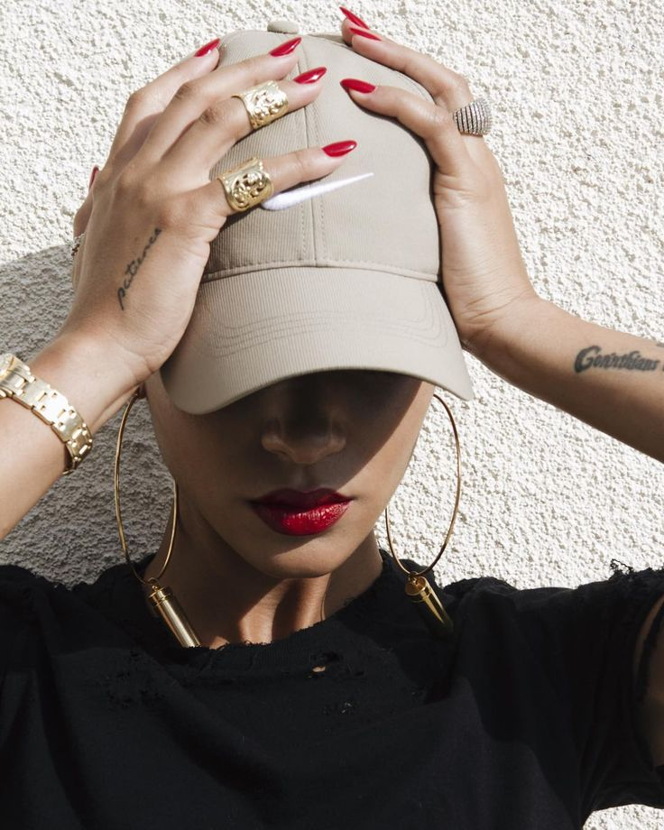 sports luxe | Nike cap | gold jewellery | Tayana Henry instagram