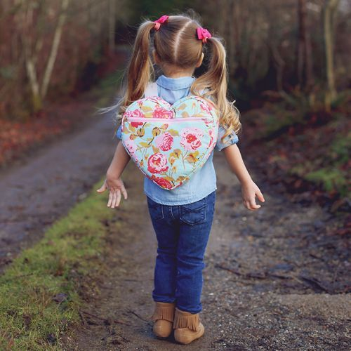 Mochila Infantil de Coração Passo a Passo – Espaço Infantil