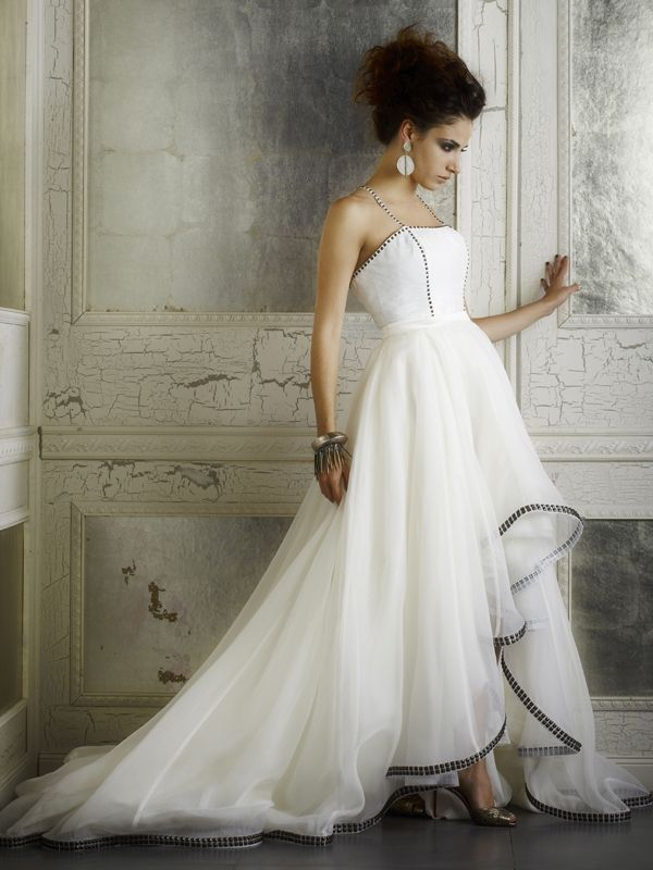 Della Giovanna Wedding Dresses - Fall 2014 Bridal Collection | Junebug Weddings