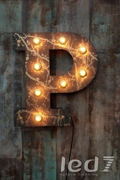 Ретро буквы и символы - Black & Gold N4