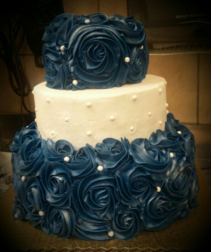 Navy blue and white rosette wedding cake by ME