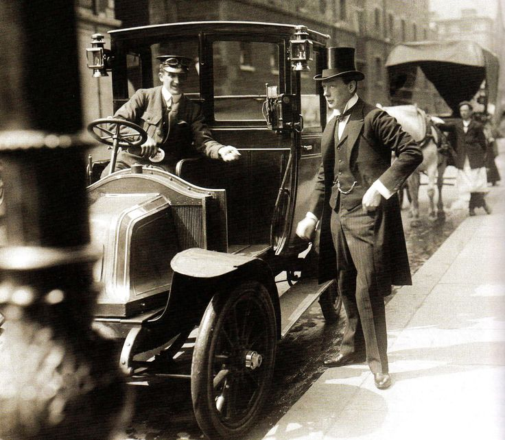 Winston Churchill pays off a taxi - London - 1908