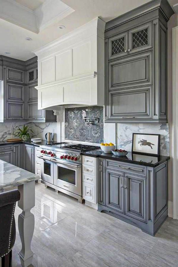Lovely Grey Kitchen Cabinets Design Ideas For Cool Homes Page 9 Of 50 Evelyn S World My Dreams My Colors And My Life Grey Kitchen Kitchen Cabinet Design Gray Kitchen Backsplash